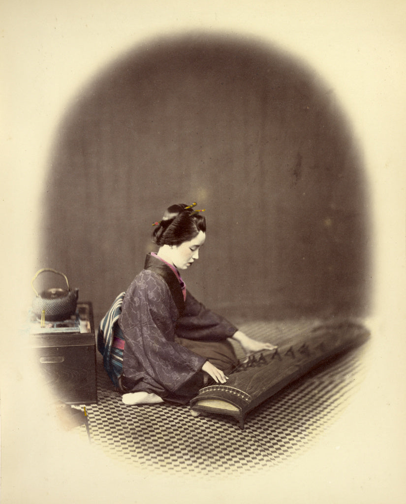 Felice Beato:Girl Playing the Koto,16x12