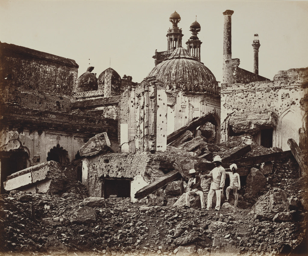 Felice Beato:[The Mine in the Chattar Manzil, Exploded by th,16x12