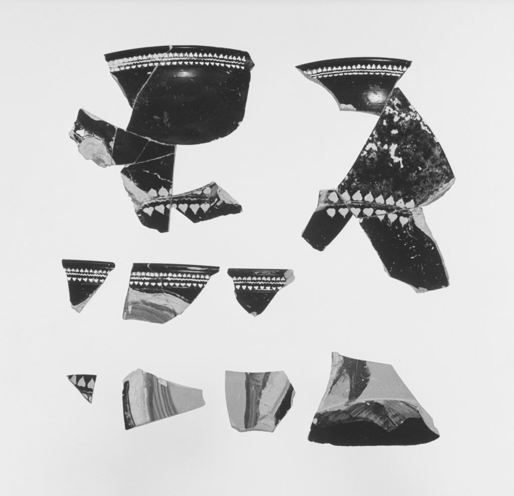 Unknown:Fragmentary Black-Glaze Kantharos with Mask of Diony,16x12