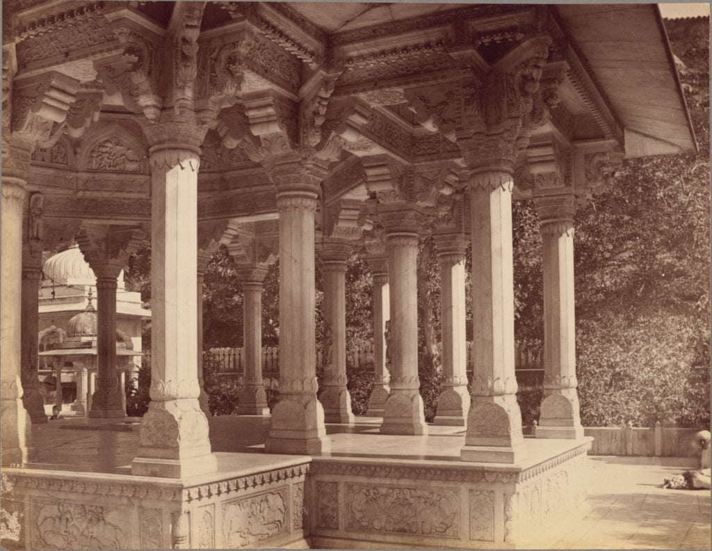 Lala Deen Dayal:Details of Pillars in Cenotaph of Maharaja S,16x12