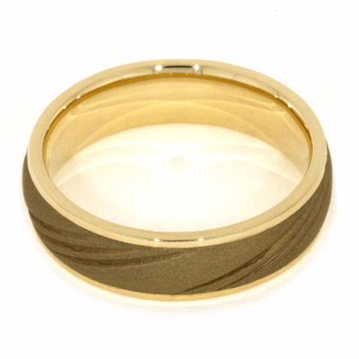 Sandblasted 14k Gold Wedding Band With Three Grooves Design (4)