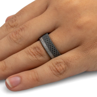 Celtic Men's Wedding Ring with Mokume Sleeve-3993 - Jewelry by Johan