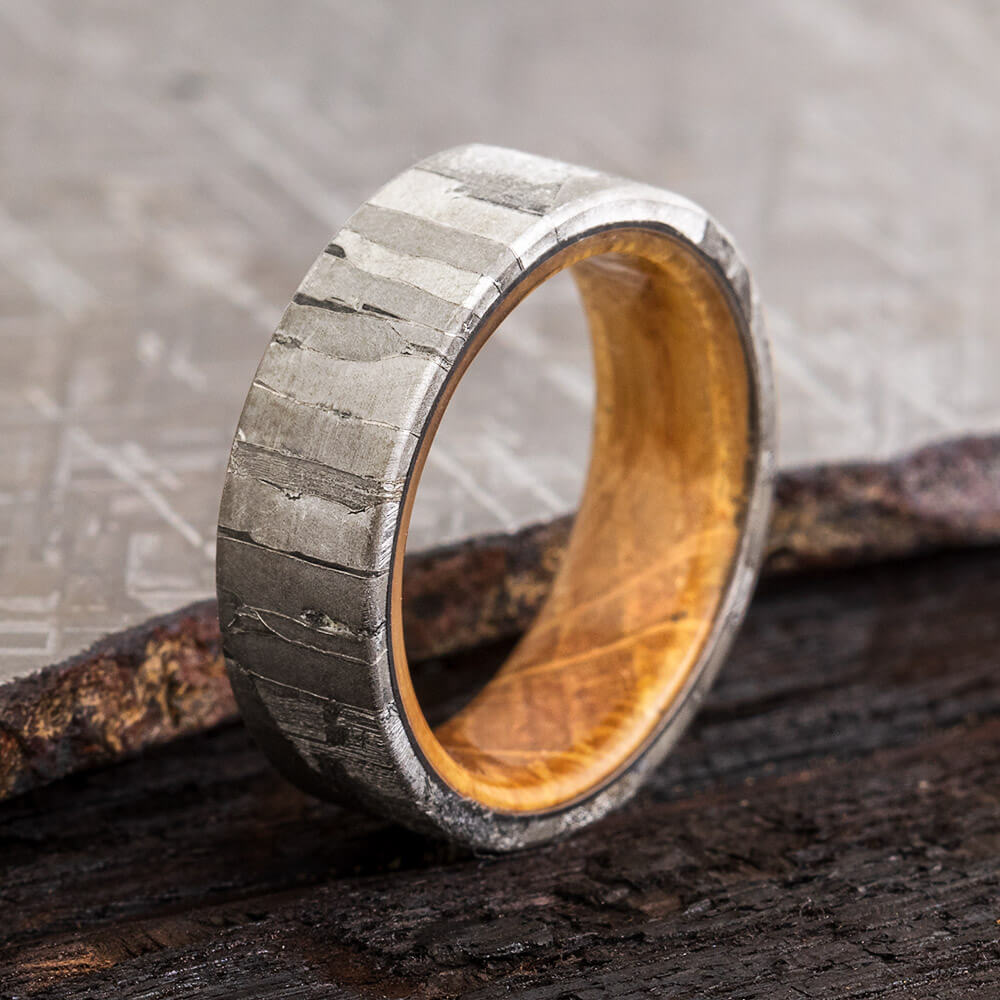 Rare Seymchan Meteorite Ring with Whiskey Barrel Oak-4442 - Jewelry by Johan