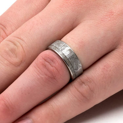 Memorial Ring With Meteorite And Whiskey Barrel Oak Sleeve-3751 - Jewelry by Johan