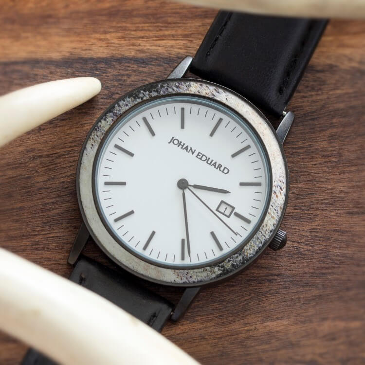 Natural Deer Antler Watch, Matte Black Metal Watch With Black Leather Strap-JE1003-2