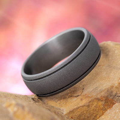 Round Wedding Ring with Sandblasted Titanium and Grooved Pinstripes-1367 - Jewelry by Johan