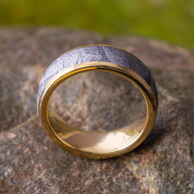 Meteorite Ring in Yellow Gold
