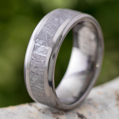 Men's Meteorite Wedding Band, Beveled Titanium Ring With Gibeon Meteorite-SIG3012 - Jewelry by Johan