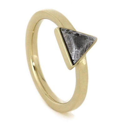 Triangle Setting Meteorite 14k Yellow Gold(1)