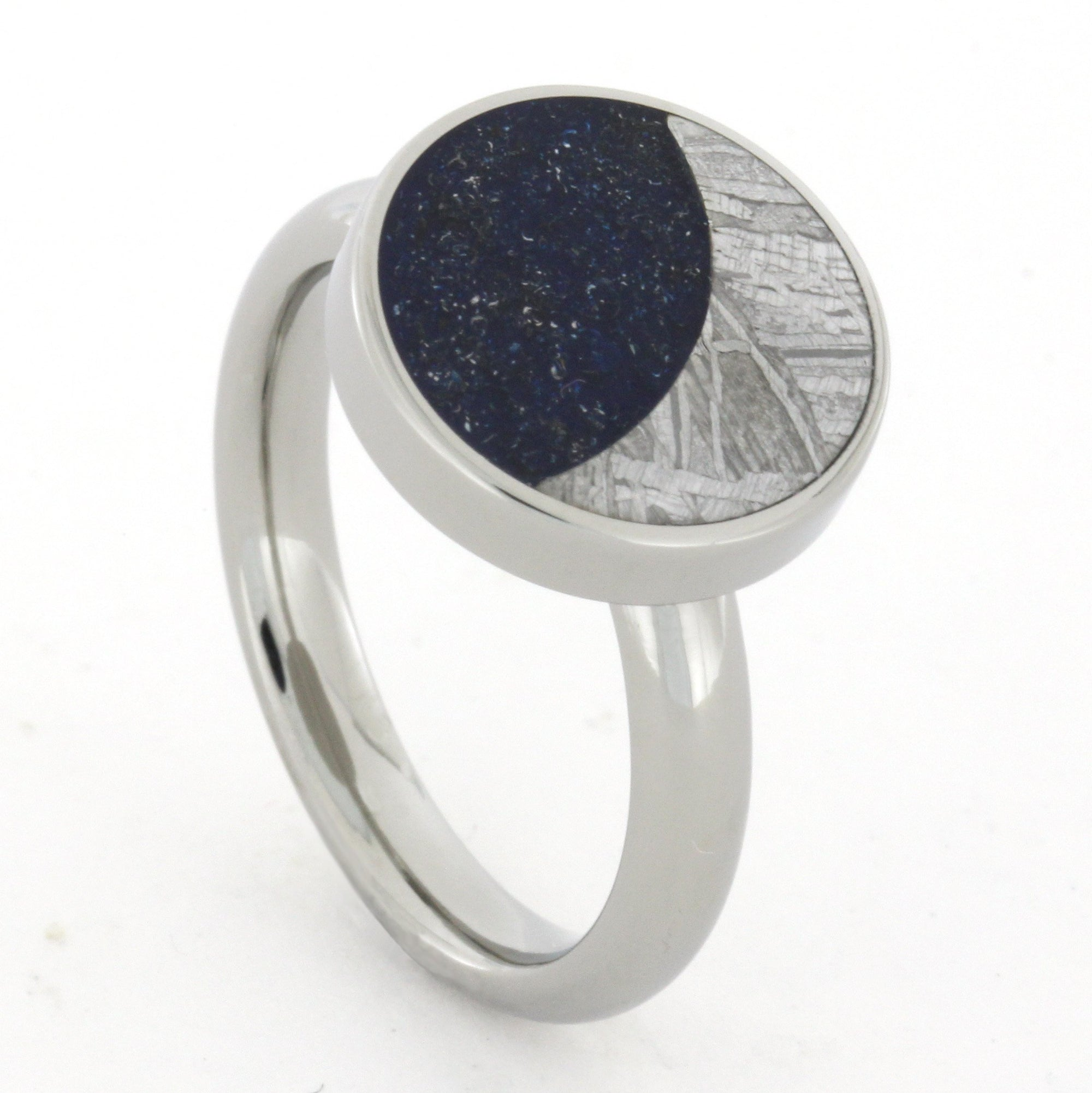 Starry Night Ring with Meteorite Moon and Blue Stardust