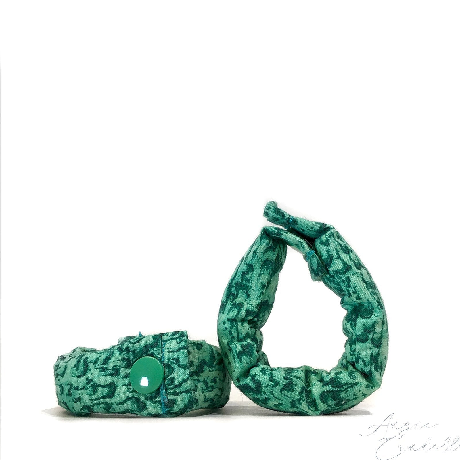 Marbled Green Fabric Hair Rollers/ Soft Fabric Rollers/Hair Curlers/Hair Accessories/ Bun Maker /Fabric Donut