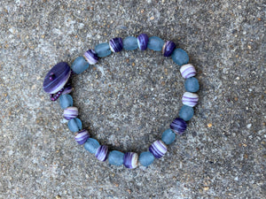 Wampum and glass bead bracelet
