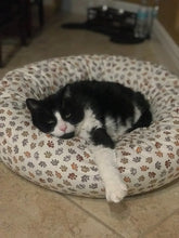 Round Pet Bed Cover - Paws Everywhere