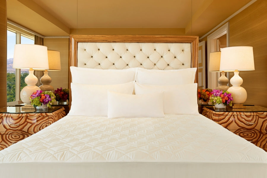 Wynn Resorts Lily Pad - Mattress Protector