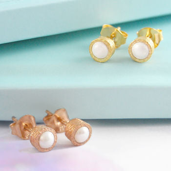 White Pearl June Birthstone Gold Stud Earrings