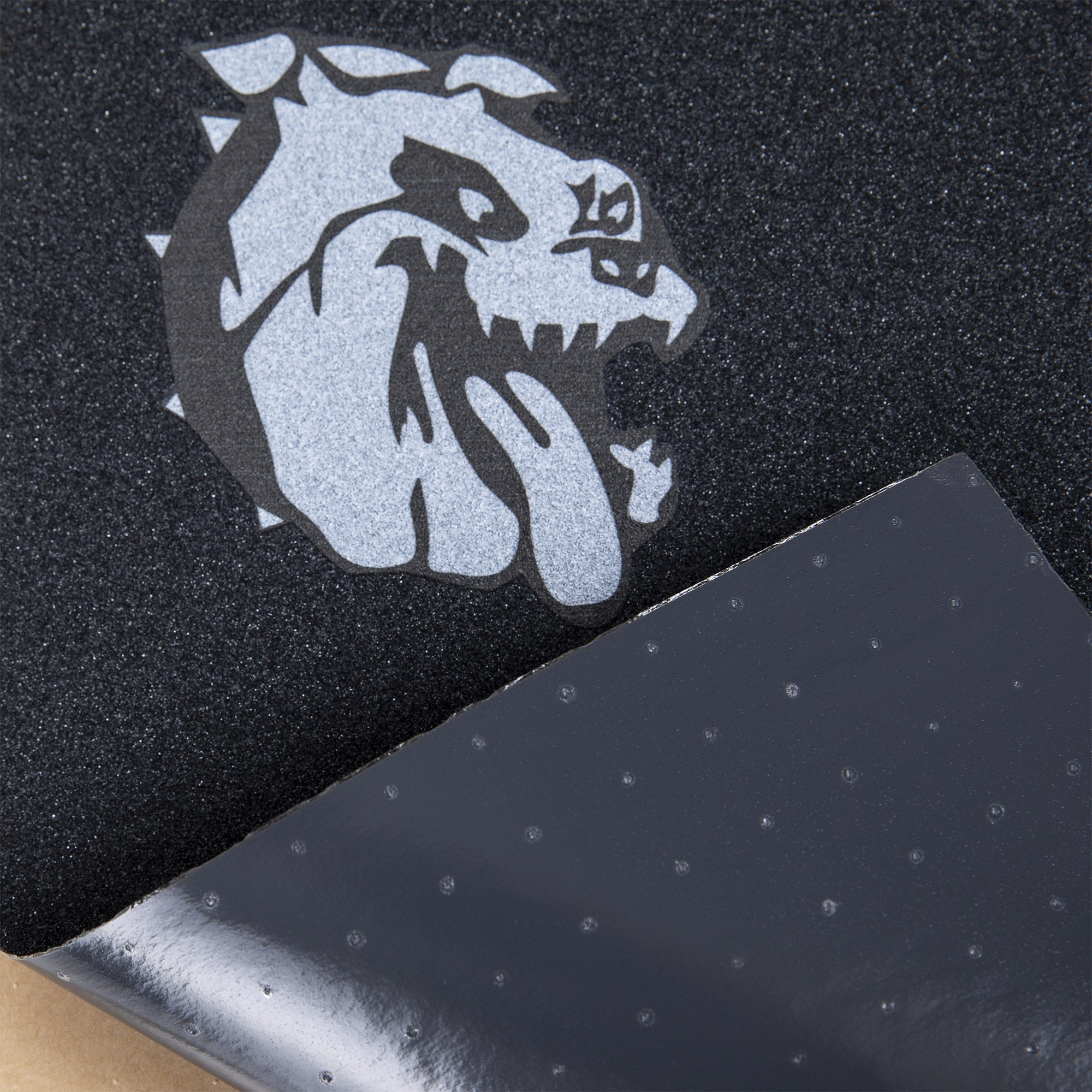Cal 7 skateboard griptape with bulldog design