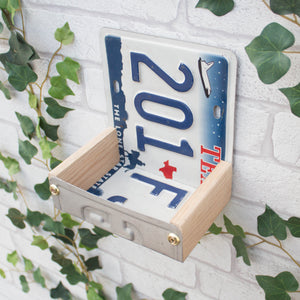 Bird Feeder, Texas License Plate Bird Feeder, Can be personalised. - Wudwerx