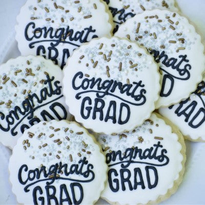 Graduation decorated cookie sets.
