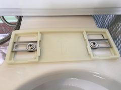 Securing mounting bracket for bidet toilet seat installation