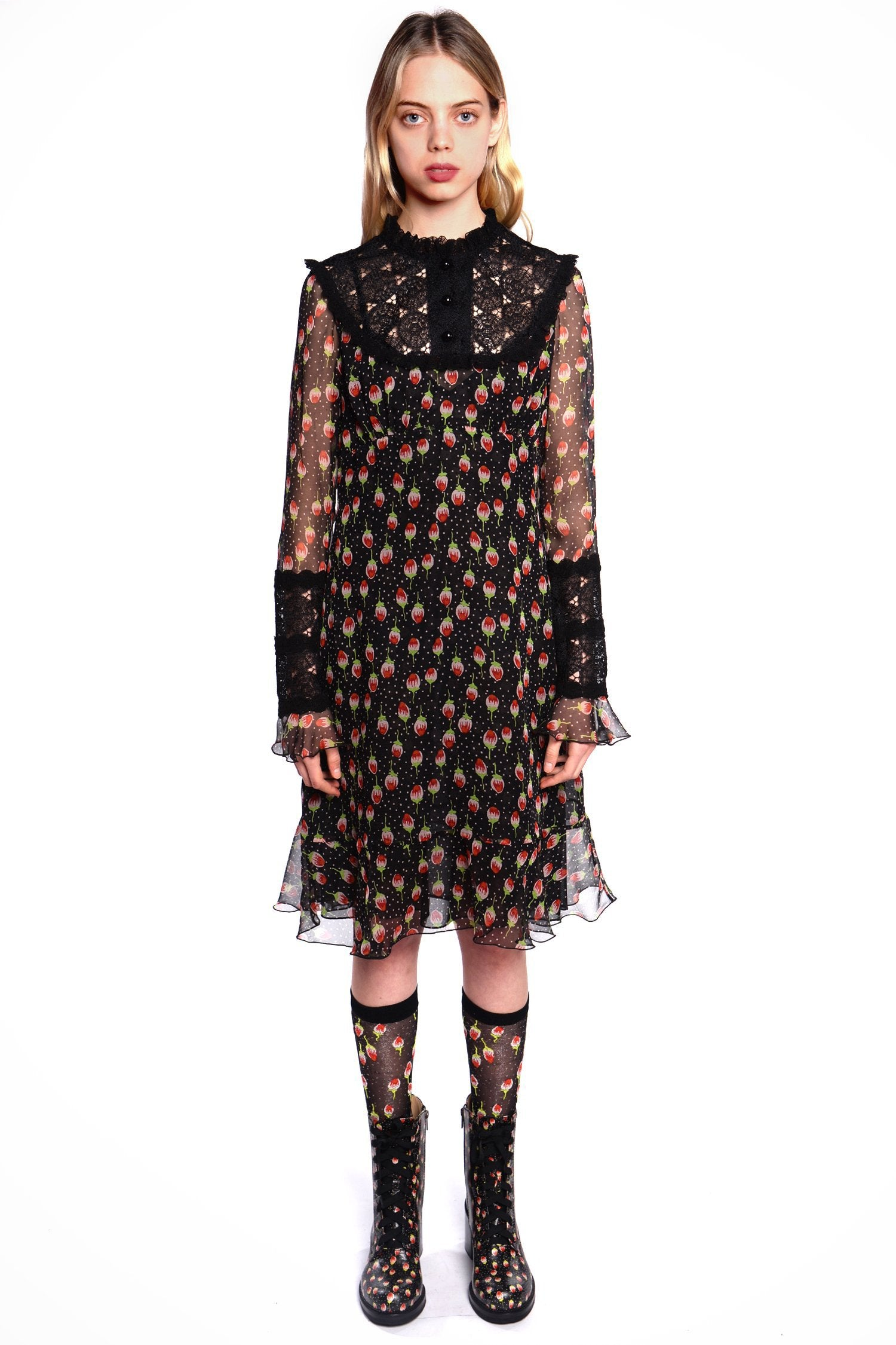 Roses Are Red Lace Dress - Anna Sui