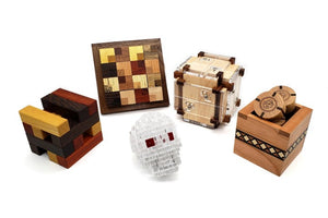 New mechanical interlocking packing puzzles and puzzle boxes