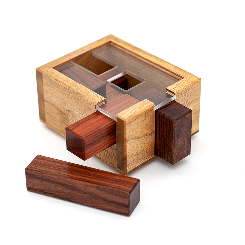 Puzzle boxes, packing puzzles and puzzle cubes by CubicDissection.