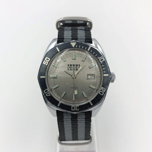 Diving watch vintage with NATO strap