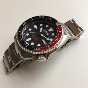 Seiko SKX009j on stainless Super Oyster bracelet