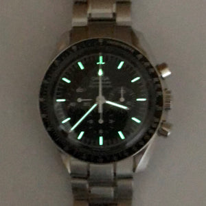 Moonwatch lume shot
