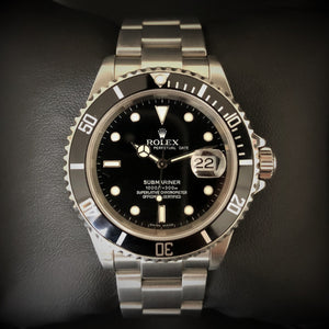 Black Rolex Submariner 16610