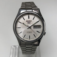 Vintage Seiko 5 day date watch white dial