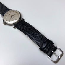 Analogue watch with leather strap