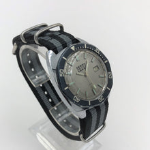 Case vintage diving watch