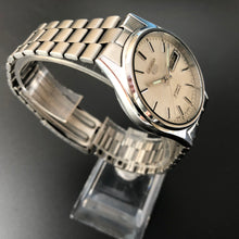 Vintage Seiko 5 day date watch for sale