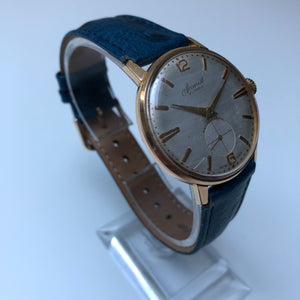 second hand gold watch