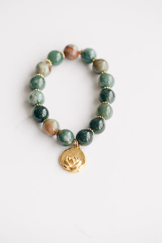 12mm Agate w/ Lotus Charm