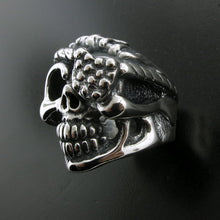 Scallywag Ring