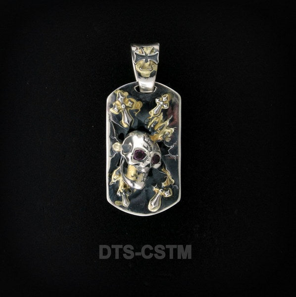 Large Breakout Dog Tag with Skull
