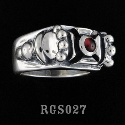 Cross Ring with Garnet RGS027-01