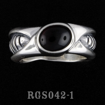 Bio Ring with Garnet RGS042-01