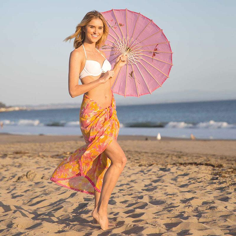3 Chic and Unique Ways to Wear a Sarong