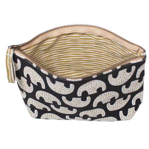 Uma Black Relaxed Medium Canvas Pouch