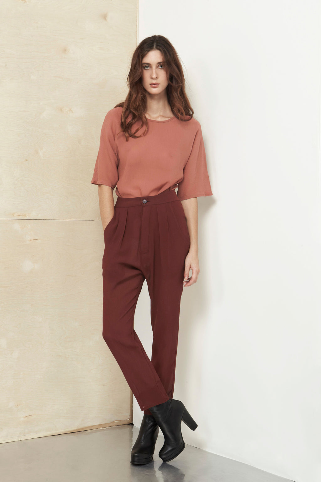 Wine Dust Silk Crepon Wood Pants