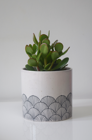 Pankha, black and white hand painted pot