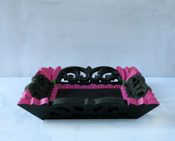 Charcoal and pink tray front view