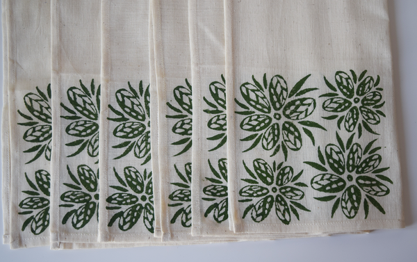 Green geometric and floral pattern block printed table linen set