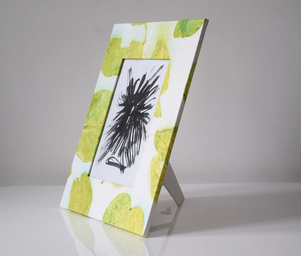 Green heartleaf imprint picture frame side view