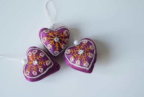 Purple heart shaped Christmas decoration with white embroidery and mirror work -set of 3