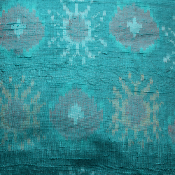 Firozi Silk Ikat Cushion Cover- pattern details