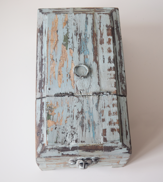 blue distressed barber box- top view